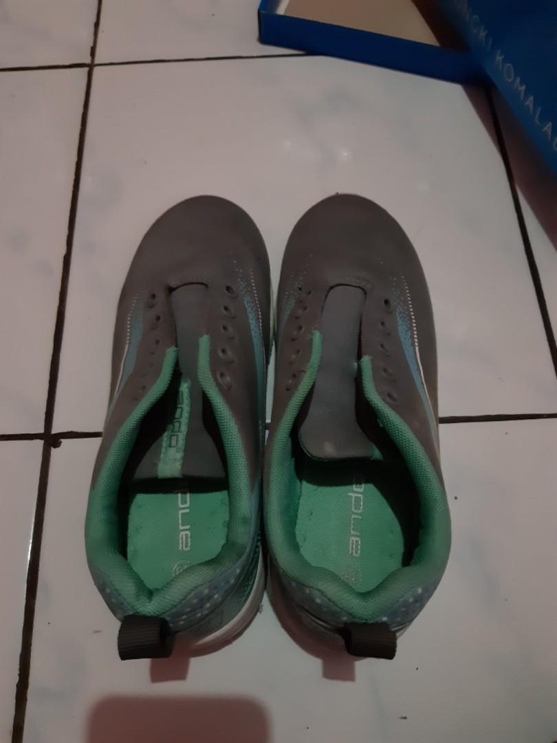 Sepatu Olahraga Ando Tosca