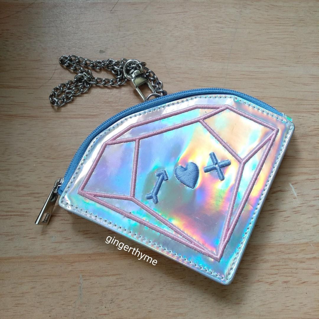 Seventeen Ideal Cut Tour Goods Holographic Coin purse