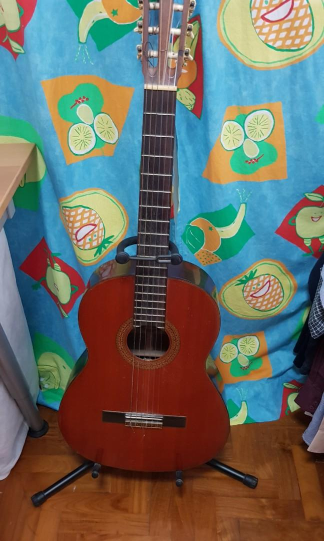 Vintage YAMAHA Classical Guitar ( RESERVED)