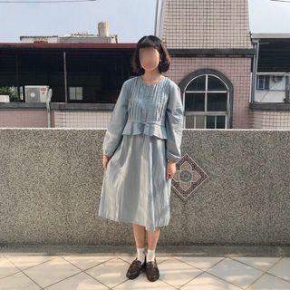 藍灰的假兩件波點洋裝 日系衣著
