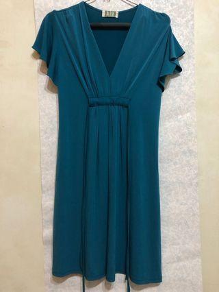 ARK湖水綠氣質洋裝
