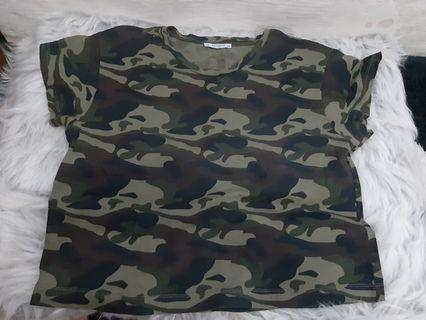 Army Top pull and bear
