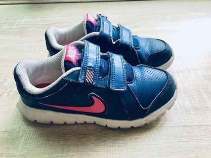 Nike 耐吉男女兒童跑鞋 藍粉色 18cm