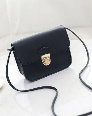 pushlock gold sling bag