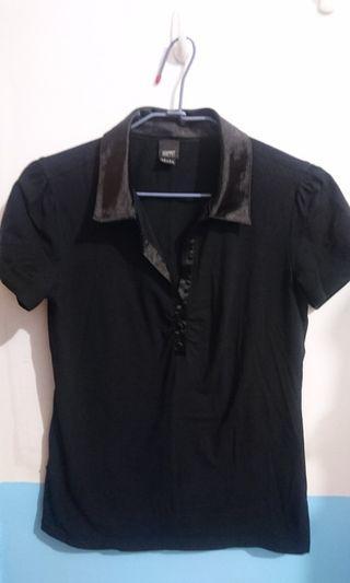 ESPRIT 黑色緞面領上衣