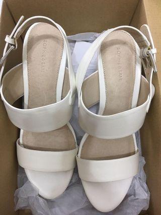 Sophie & Sam涼鞋