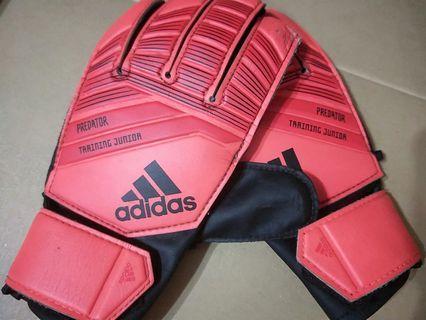Adidas Predator Junior Goalkeeper Gloves