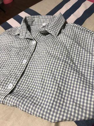 灰藍格子襯衫