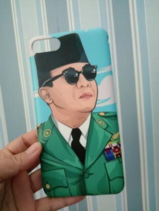 Hard case Soekarno