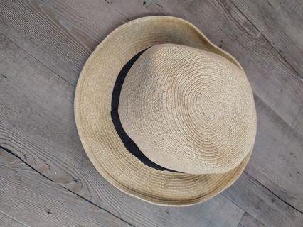 9成新 夏日 好搭 草帽