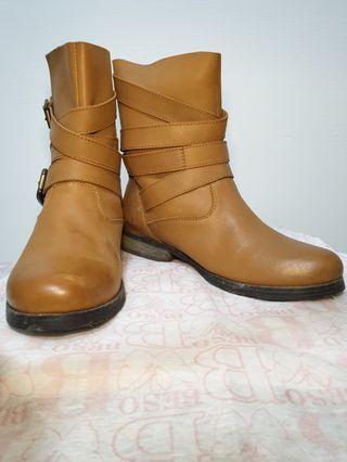 (二手)Beso專櫃短靴