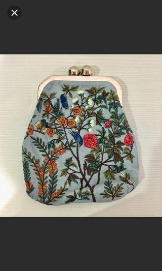 Zara水藍刺繡小包