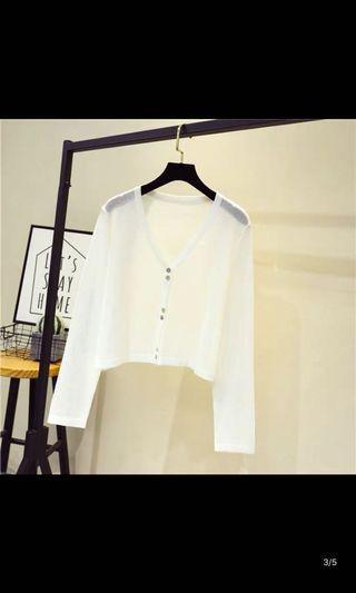 全新! 可實拍 短款排扣防曬衣 薄外套 短版外套短款外套 白色