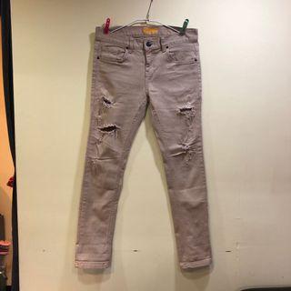 米色牛仔褲