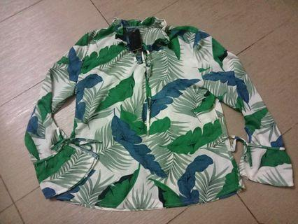 Green Tropical Prinf Long Sleeve Top