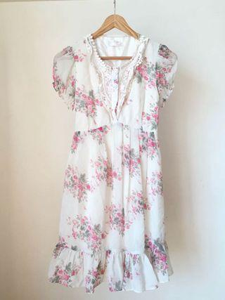 Sormeset Bay Laced floral Dress