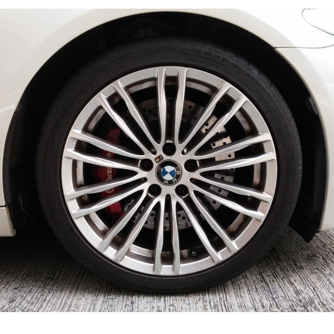 BMW 523I TOURING 2011