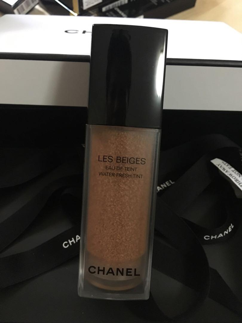BNIB Chanel Les Beiges Water Fresh Tint Foundation