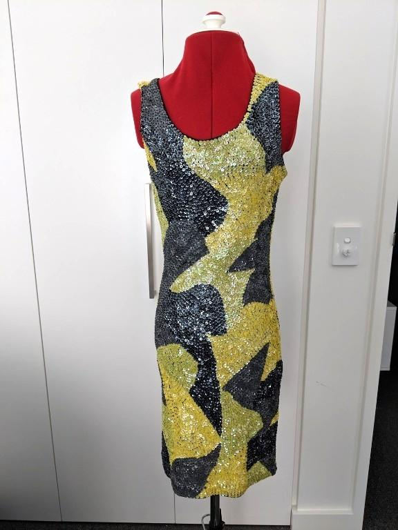 DUSK- Black and yellow Sequin Fitted Party Dress with low back - Size S
