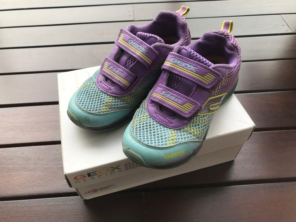 Geox Respira Girls shoes with box