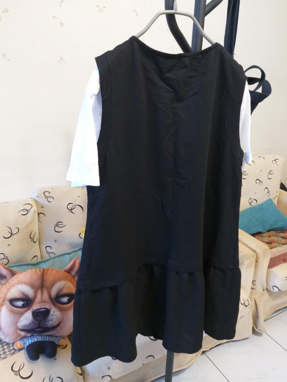 👍秋裝背心拉鏈式。下擺拼接紗布料。中大碼L。$300
