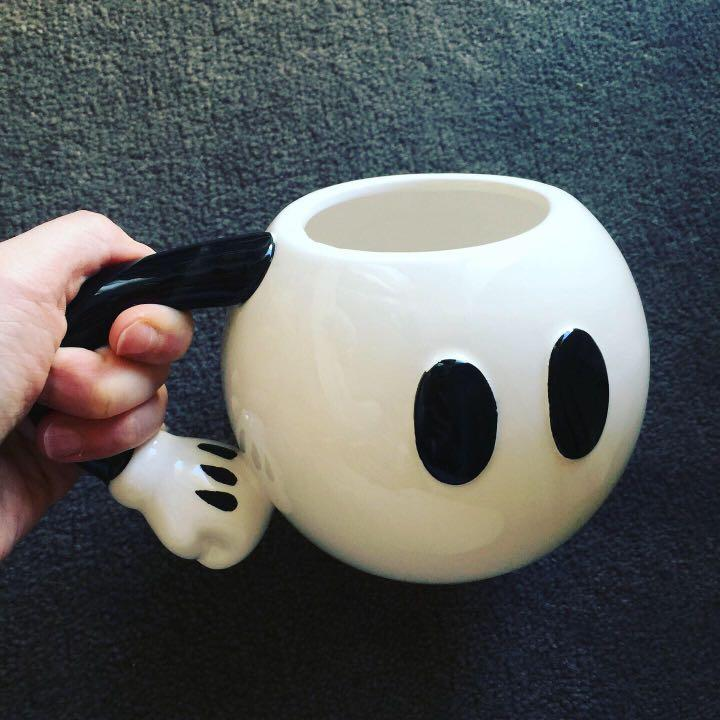 Licensed Disney BNWT Mickey Mouse white pants mug without box