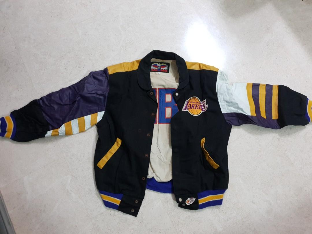 Los Angeles Lakers Vintage Varsity Jacket 90s Nba Official Licensed Product Made In Usa Size M Vintage Collectibles Vintage Collectibles On Carousell