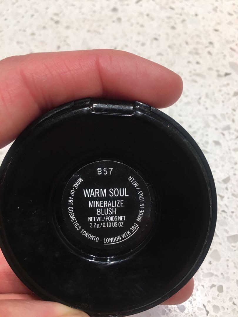 MAC Warm soul blush