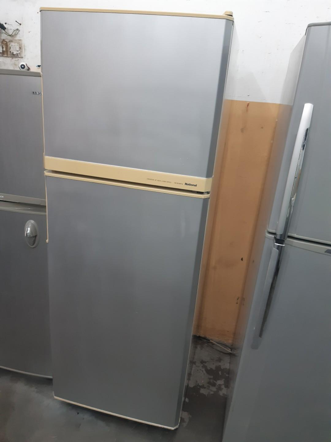 National fridge peti sejuk good condition