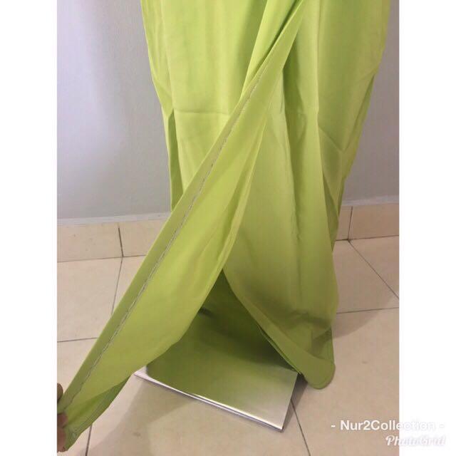 Preloved Baju Kurung Hijau Pucuk Pisang dengan Lace