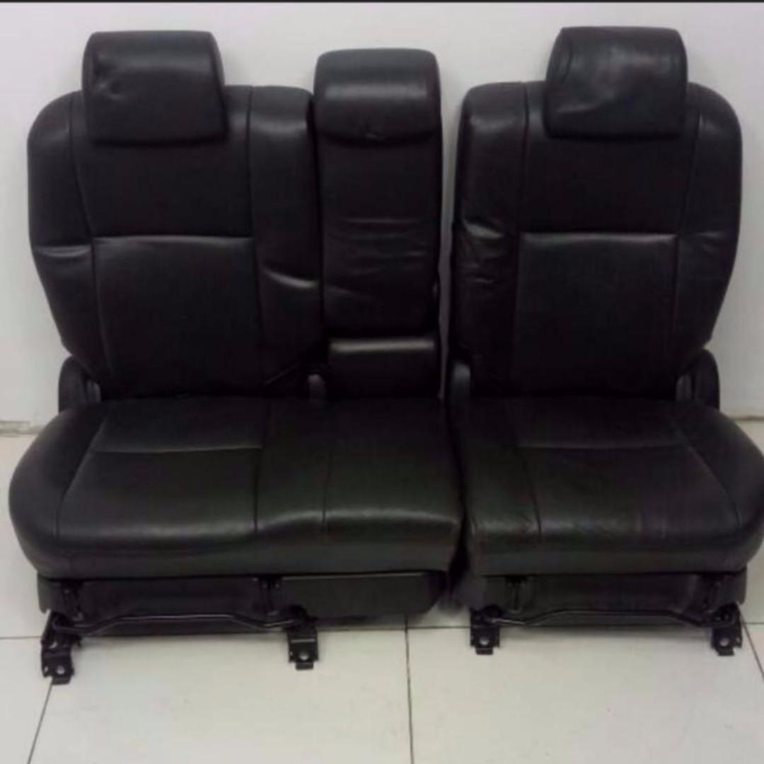 Toyota Wish 12' Car Leather Seat (CS629)