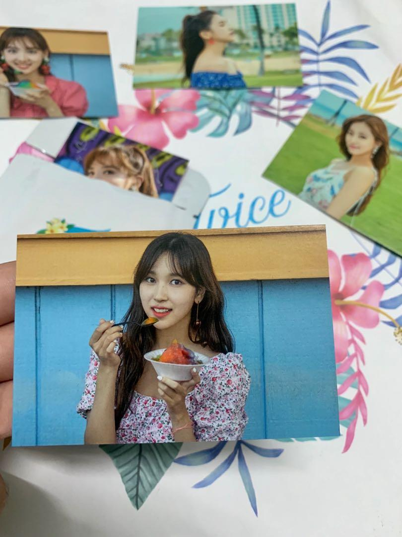 Twaii's Store Twice Pop Up store photocard trading card