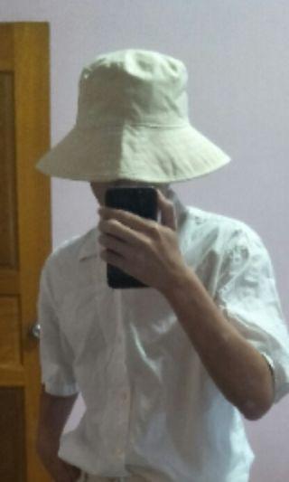 杏色寬簷漁夫帽