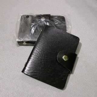 plain faux leather card holders in black
