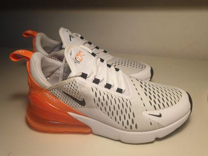 BRAND NEW Authentic Nike Womens Air Max 270 Size 9