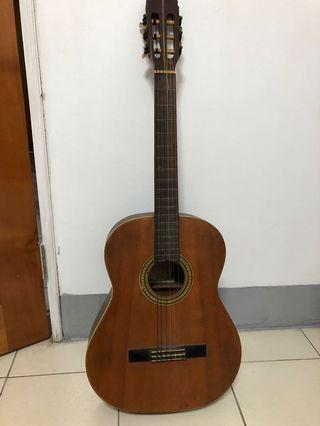 Guitar吉他-古典 新手練習 社團新人 售出不退