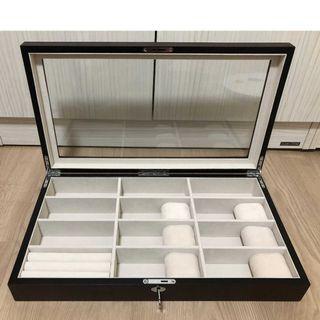 (免運)木質 太陽眼鏡 &手錶收藏盒  玻璃視窗  金屬樞紐 附鎖 .六組錶枕及一組戒枕  國外帶回