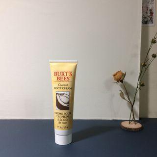 擦腳的| foot cream Burts bee