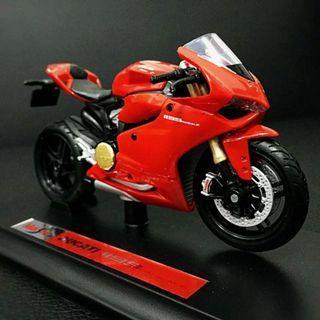 BNIB Maisto Ducati Panigale 1199 Special Edition Scale 1:18