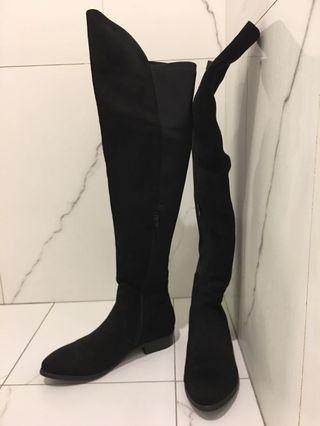 AS 高筒過膝長靴 麂皮拼接 低跟 黑色