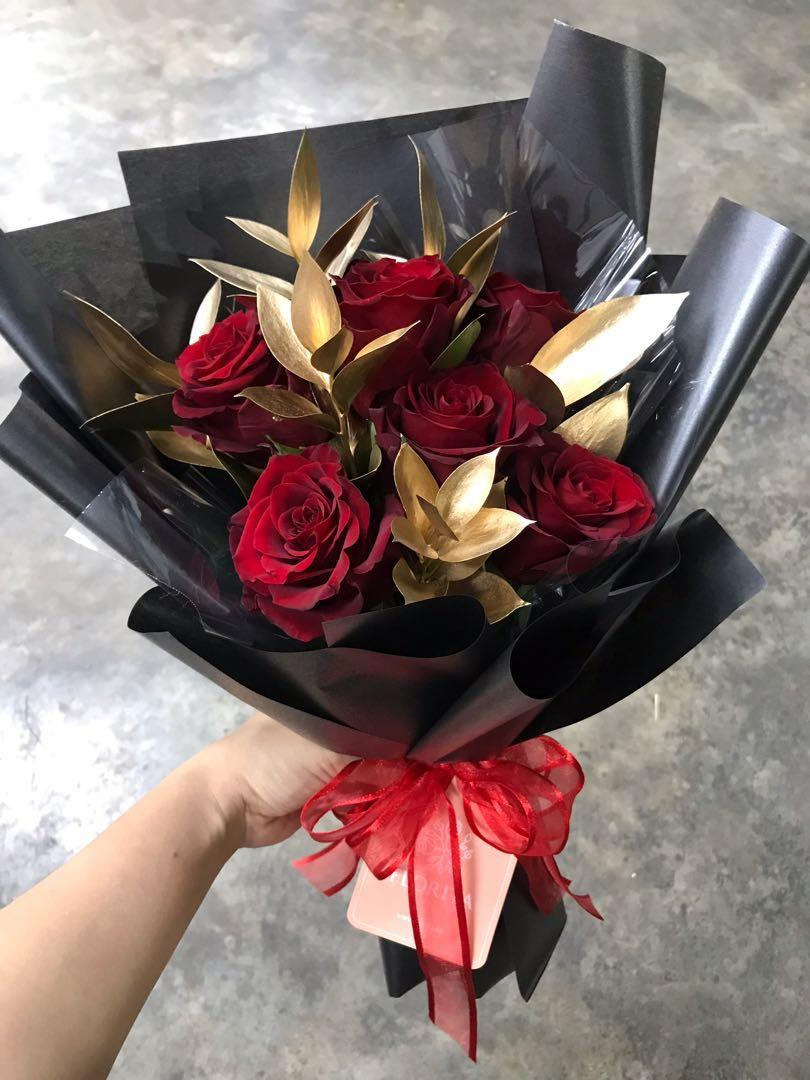 20% OFF Roses & Golden Leaves Bouquet | Flower Delivery | Birthday Flowers | Anniversary Flowers