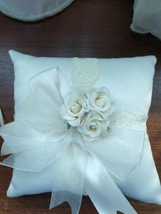 Wedding Ring Pillow / Ring Holder (from Lee Hwa)