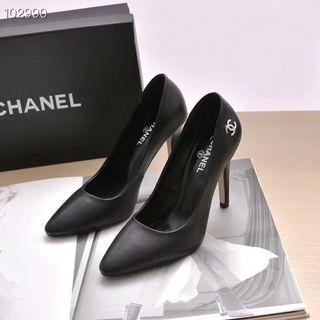 Chanell heels