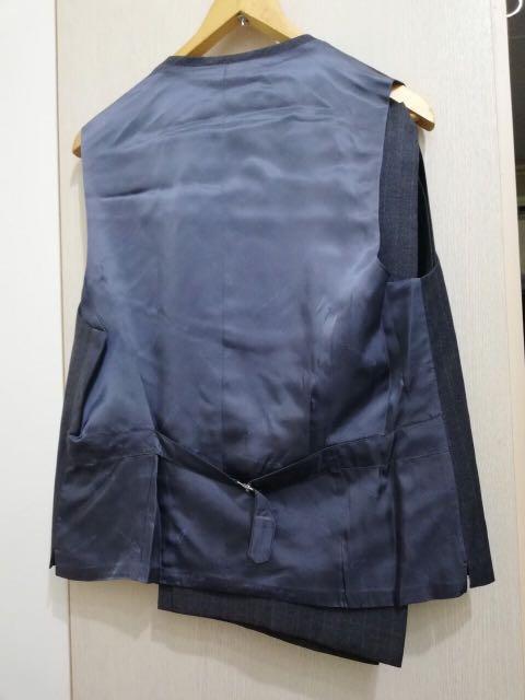 高級訂制西裝含。西裝褲、一套500,適合身高177~170,腰圍31~32共有20套,大多歐洲進口西裝提供挑選或面交