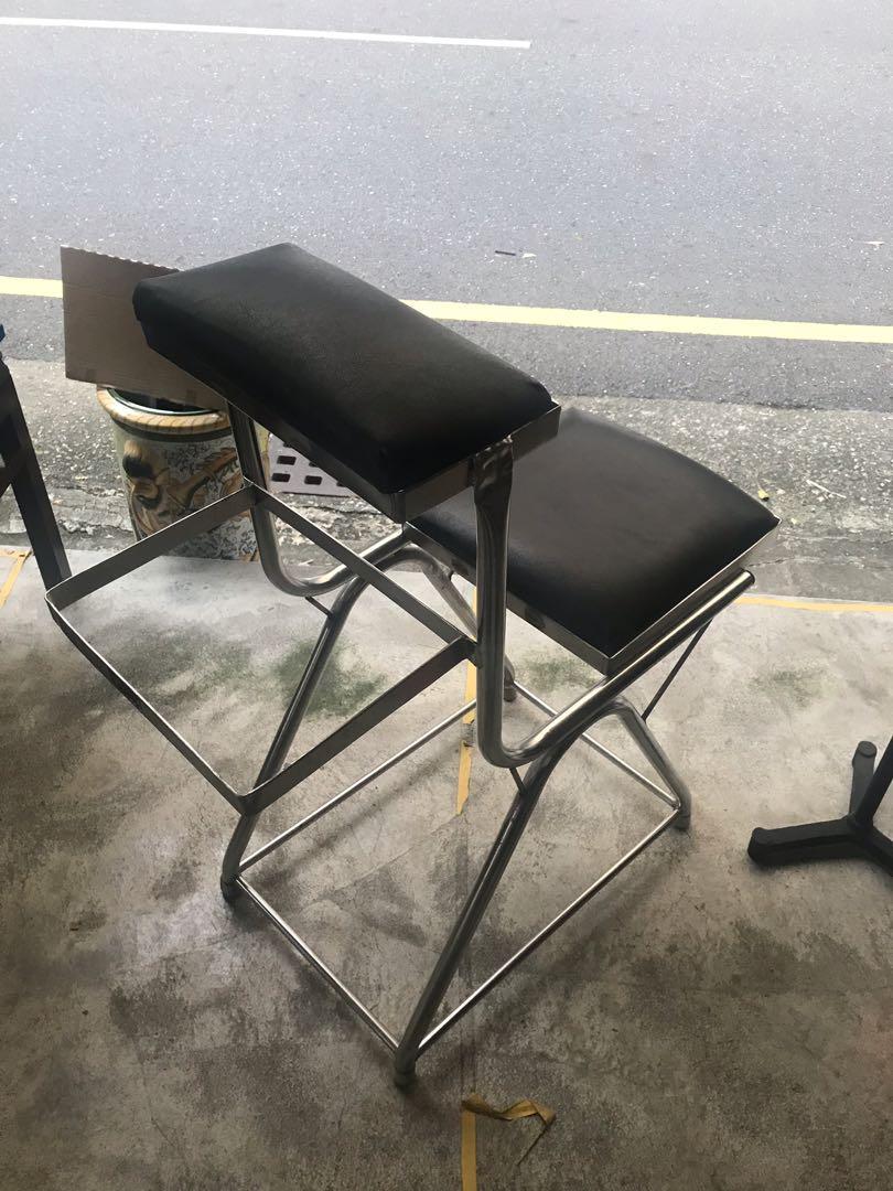 早期 診所 椅子/老式打針坐椅 工業風 懷舊老件 道具  黑皮