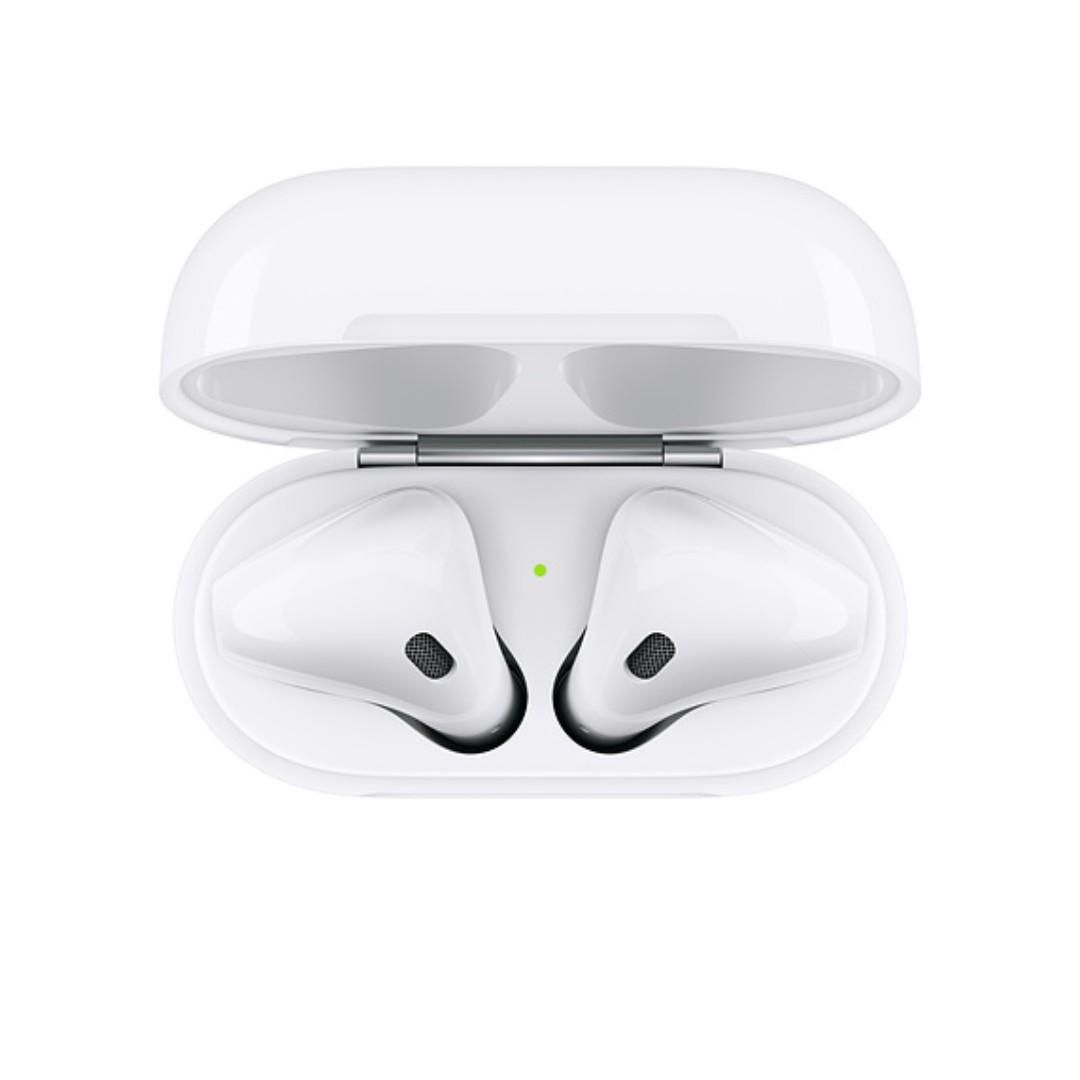 <全新>AirPods二代搭配充電盒or 無線充電盒(續約買的,Studio A 保固 ,包裝未拆,折價出售,面交)