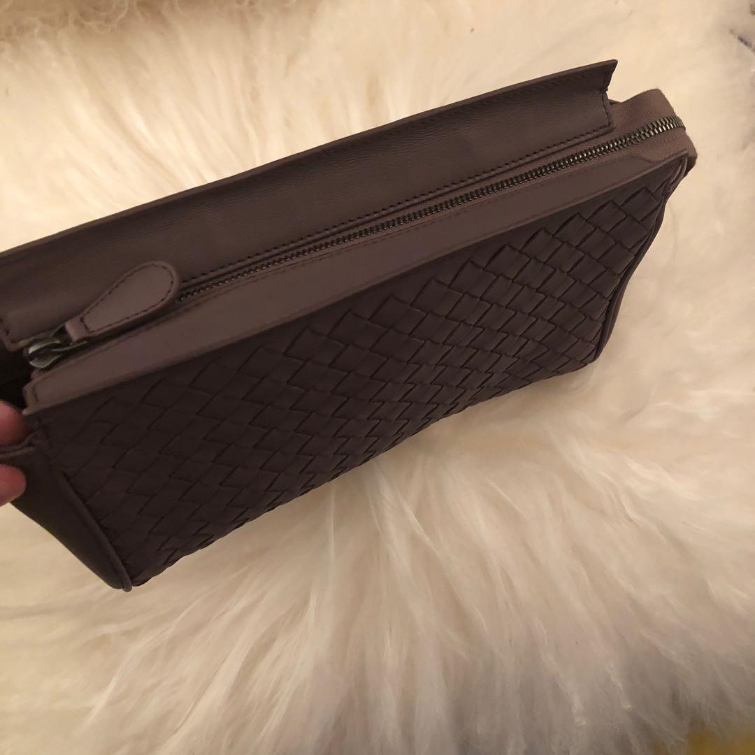 Authentic New Bottega Veneta intercatio leather pouch Mauve