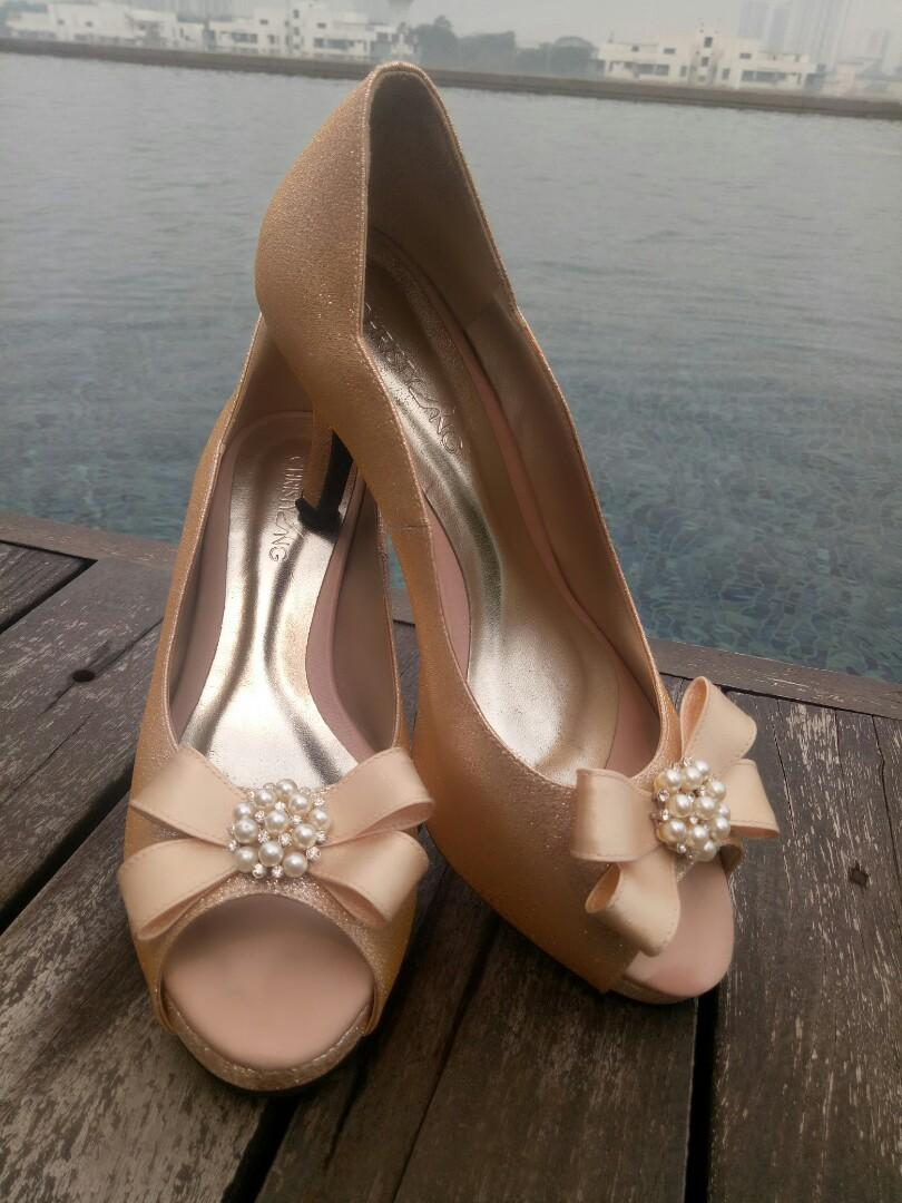 Wedding Shoes-Christy Ng Jill Gold 0370 customized with hidayah bow and precious pearl