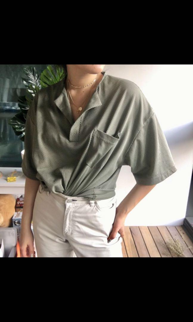 CUT OUT COLLAR SHIRT GREEN