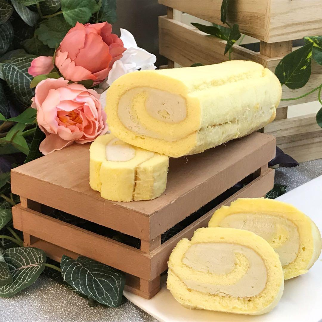 Durian Cake Roll